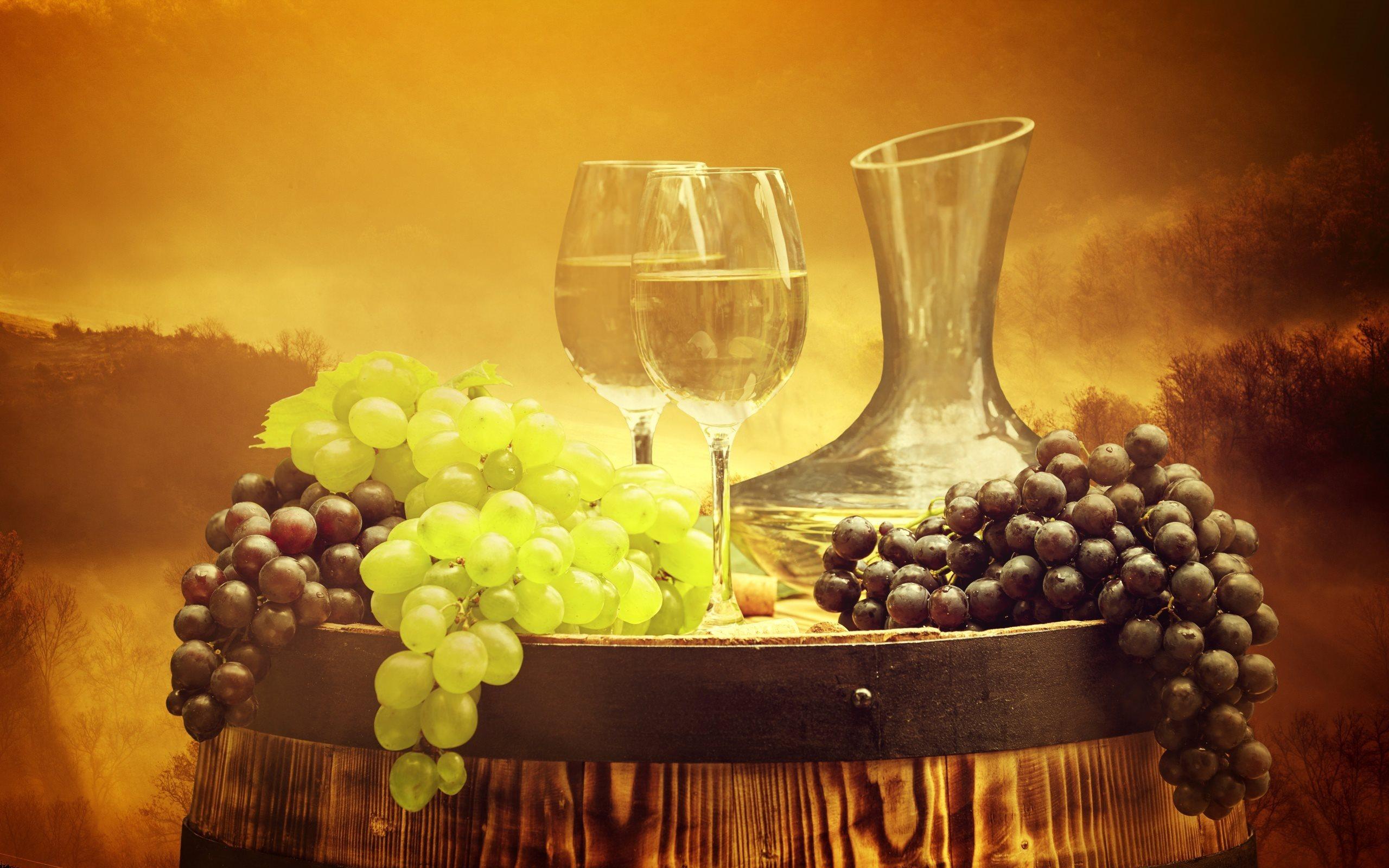 grapes-wine-wine-barrel-vintage